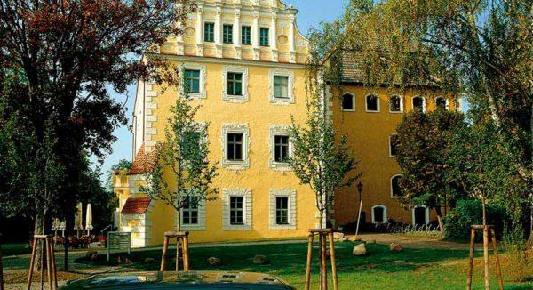 Schloss in Lübben- Giebel mit Turm